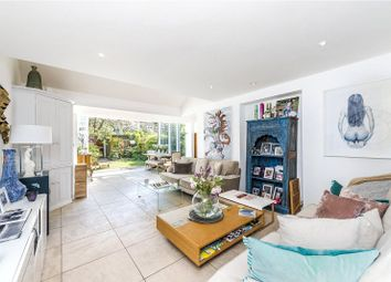 3 bed maisonette for sale in Henderson Road, Wandsworth Common, London SW18