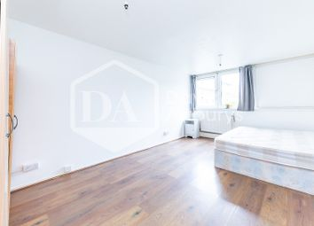 3 bed maisonette to rent in Haverstock Road, Kentish Town, London NW5