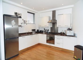 Thumbnail 2 bed flat to rent in Bardolph Road, Richmond