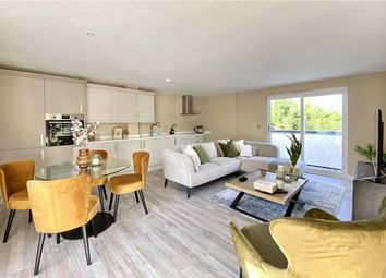 Thumbnail 2 bed flat for sale in Station Road, Bourne End