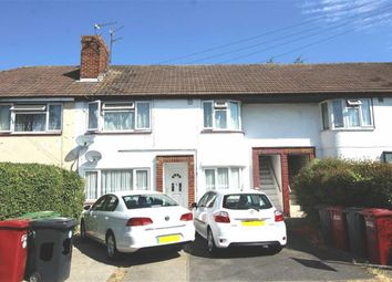 Thumbnail 2 bed maisonette for sale in Wiltshire Avenue, Slough, Berkshire