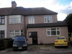 Byron Road, Wealdstone, Harrow HA3. Studio for sale