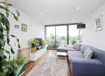 Thumbnail 2 bed flat to rent in Richmond Road, Hackney
