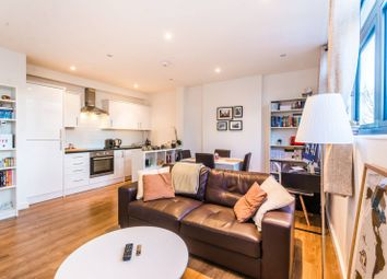 Thumbnail 1 bedroom flat to rent in Fonthill Road, Finsbury Park