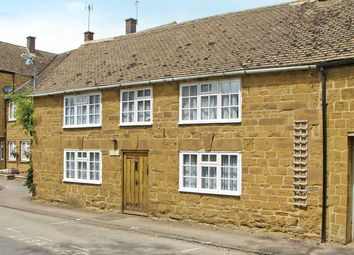 Thumbnail 3 bed cottage to rent in Brook Street, Fenny Compton, Southam