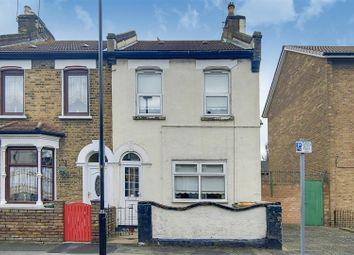 3 bed property for sale in Braemar Road, London E13