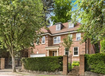 Thumbnail 6 bed detached house for sale in Cedars Close, London