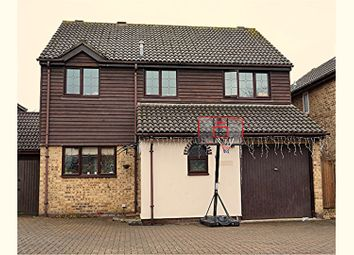 Thumbnail 4 bed detached house for sale in Turnstone Close, Wokingham