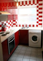 Thumbnail 5 bedroom terraced house to rent in Mayville Avenue, Leeds