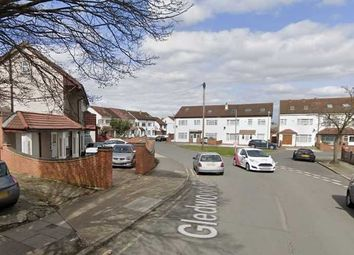 Thumbnail 6 bed flat to rent in Gledwood Drive, Hayes
