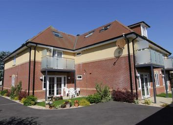 Thumbnail 3 bedroom flat for sale in Mount Avenue, New Milton
