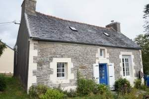 Thumbnail 2 bed town house for sale in 29690 La Feuillée, France