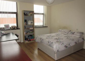 2 bed flat to rent in Sandy Lane, Coventry CV1