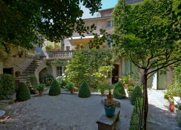 Thumbnail 4 bed property for sale in Tarascon, Bouches Du Rhone, France