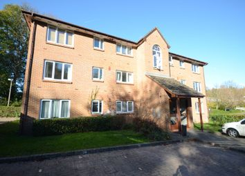 Thumbnail 2 bedroom flat to rent in Tilebarn Close, Henley-On-Thames