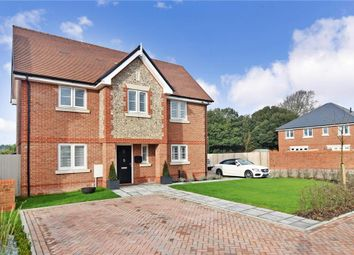 Saxon Way, Yapton, Arundel, West Sussex BN18. 3 bed detached house for sale