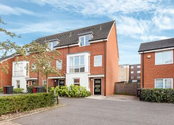Thumbnail 3 bedroom town house for sale in Puffin Way, Reading