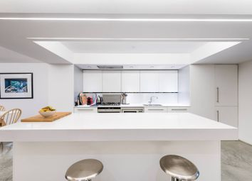 Thumbnail 2 bedroom flat for sale in St Georges Square, Pimlico, London