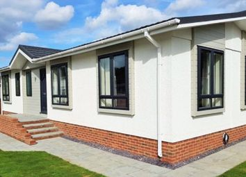 Thumbnail 2 bed mobile/park home for sale in Shenley Park, Shenley Corner, Headcorn, Ashford
