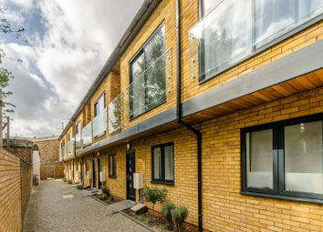 Thumbnail 4 bed property for sale in Sussex Way, Archway