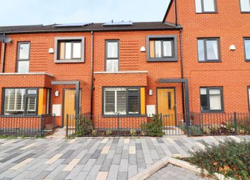 Thumbnail 3 bed town house for sale in Amersham Park Road, Salford