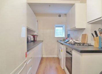 Thumbnail 6 bed terraced house to rent in The Avenue, Brighton