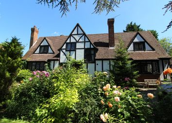 Thumbnail 4 bedroom detached house for sale in 5 Mountway, Little Heath, Potters Bar