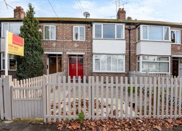 Thumbnail 2 bed maisonette for sale in Kenilworth Road, Ashford