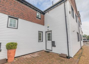 Thumbnail 2 bed property for sale in Boulters Lock Island, Maidenhead