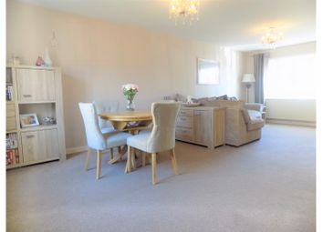 Thumbnail 2 bed flat for sale in Reams Way, Sittingbourne