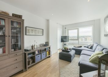 Juniper Drive, London SW18. 2 bed flat for sale