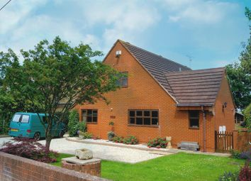 Thumbnail 4 bed detached house for sale in Leasowes Road, Offenham, Evesham