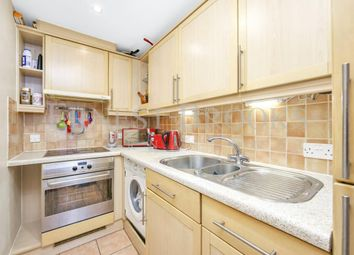 Thumbnail 1 bed flat to rent in Pierhead Lock, 416 Manchester Road, Canary Wharf