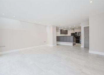 Thumbnail 3 bedroom flat to rent in Lyndhurst Road, London