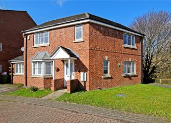 4 bed detached house to rent in Marchant Way, Churwell, Morley, Leeds LS27