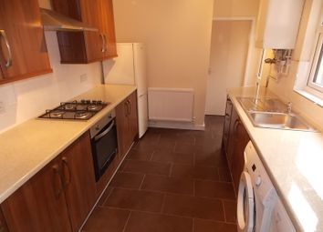 Thumbnail 5 bedroom terraced house to rent in Kimberley Road, Leicester