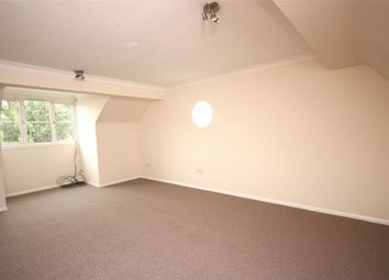 Thumbnail 2 bed flat to rent in 102-104 Long Lane, Finchley