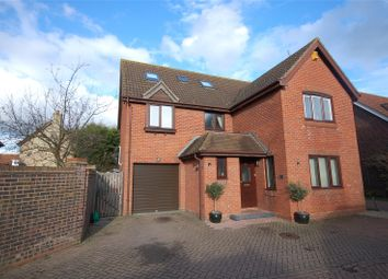 Thumbnail 6 bed detached house for sale in Gladden Fields, South Woodham Ferrers, Essex