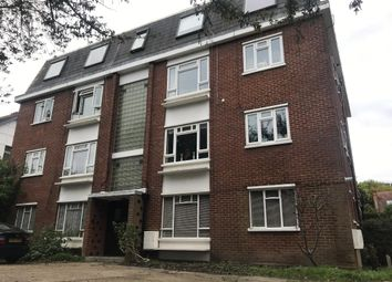 3 bed flat to rent in Richmond Road, Kingston Upon Thames KT2