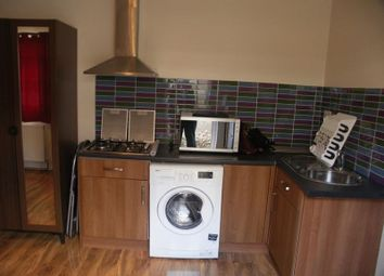 1 bed flat to rent in Bourn Avenue, Uxbridge UB8, Uxbridge,