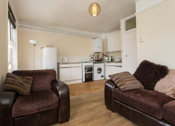 Thumbnail 1 bed flat to rent in Patshull Road, London