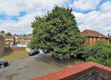 Thumbnail 2 bed flat for sale in Royal Court, Hemel Hempstead