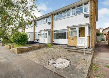 Fairfield Road, Eastwood, Leigh-On-Sea SS9. 3 bed end terrace house