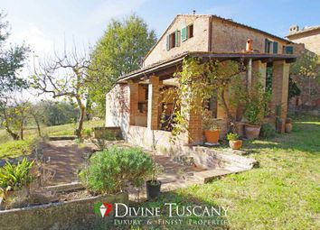 Thumbnail 4 bed country house for sale in Strada Provinciale Del Brunello, Montalcino, Siena, Tuscany, Italy