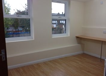 Thumbnail Studio to rent in Hounslow, Middlesex