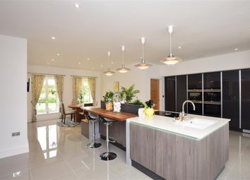 Selson Lane, Woodnesborough, Sandwich, Kent CT13. 6 bed detached house for sale