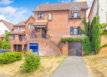 Thumbnail 3 bed detached house to rent in Goldthorpe Gardens, Lower Earley, Reading