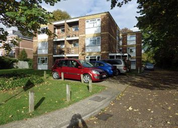 Thumbnail 1 bed flat to rent in Alexandra Road, Epsom