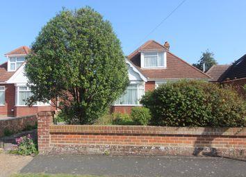 Westlands Grove, Portchester, Fareham PO16. 3 bed detached bungalow