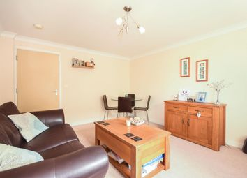 Thumbnail 2 bed flat to rent in Bell Close, Laindon, Basildon